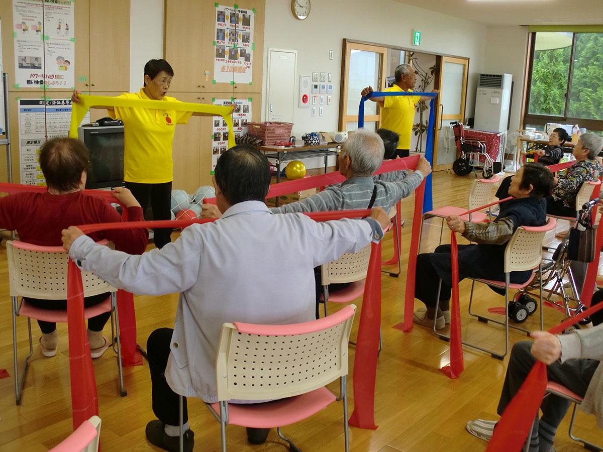 『いきいき体操』で体力作り! 3 コミュニティーカフェわかば